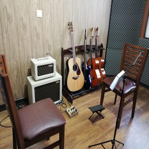 مرکز آموزش موسیقی فاخر