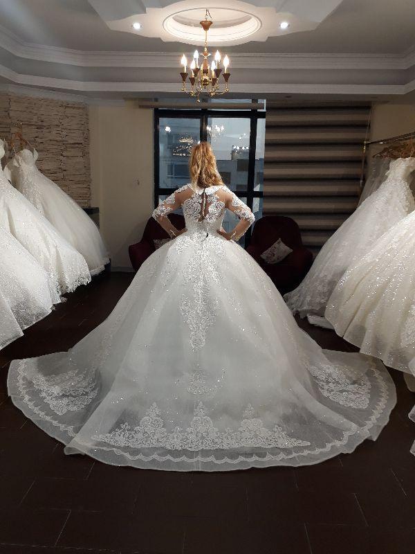 فروشگاه لباس عروس پریمودا